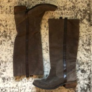 Gianni Bini Tall Brown Suede Ridding Boots Leather
